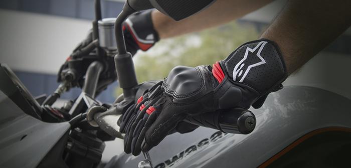 Alpinestars Booster, tacto y confort para desplazamientos cortos