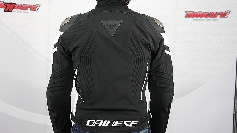 Review  Dainese Racing 3 D-Dry · Motocard 93a8b59980fba