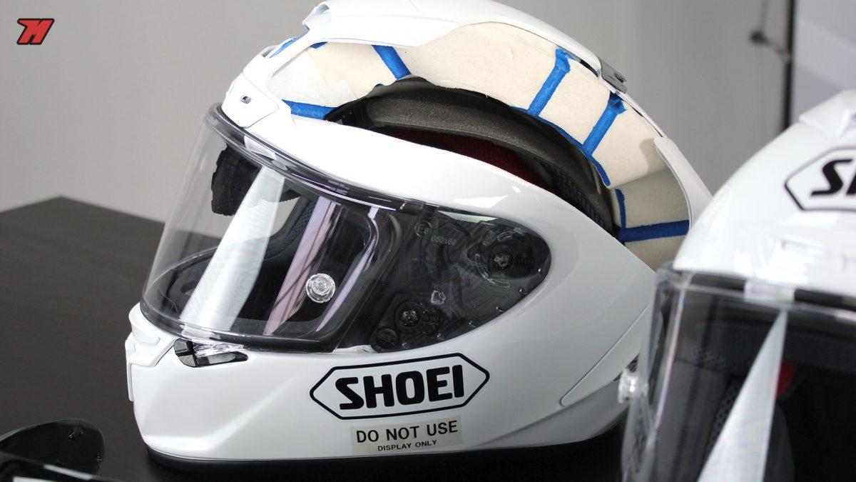 Las diferencias entre un casco sport-touring y un casco deportivo ... e097ab35c52