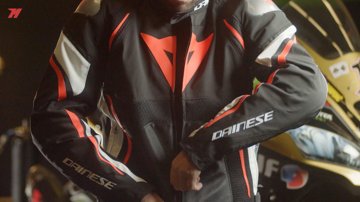 En Motocard existen un montón de chaquetas de moto para verano para todos los precios.
