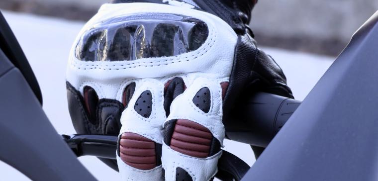 Alpinestars SP-1, ¿el guante de moto con mejor relación calidad-precio?