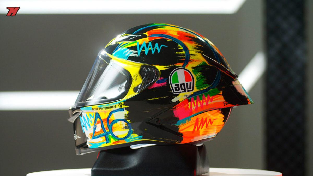Este es el casco que Rossi llevó en el Winter Test de 2019.