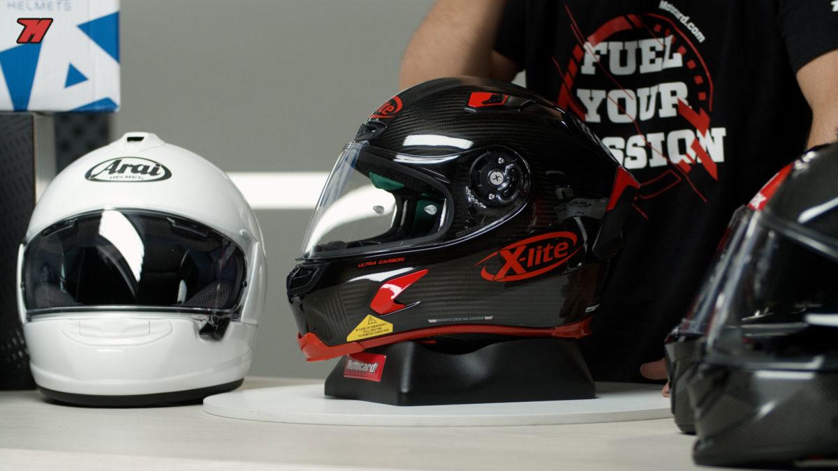 Este casco X-lite X-803 Ultra Carbon es el más deportivo de este listado