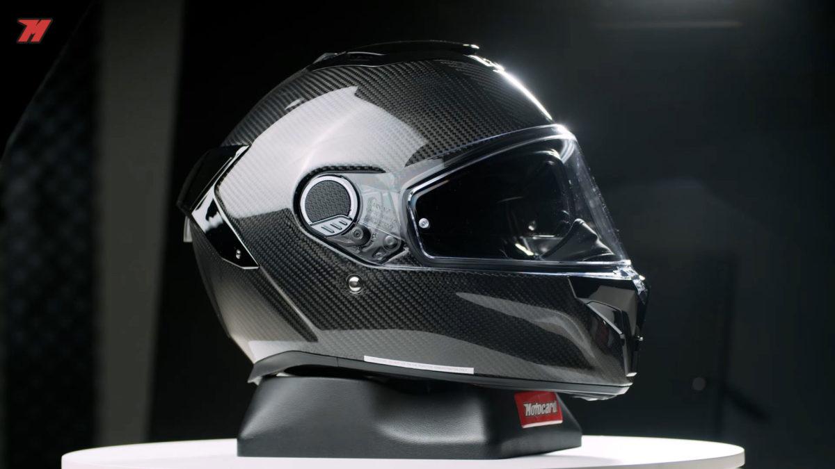 El Shark Spartan GT Carbon es un casco sport-touring muy silencioso