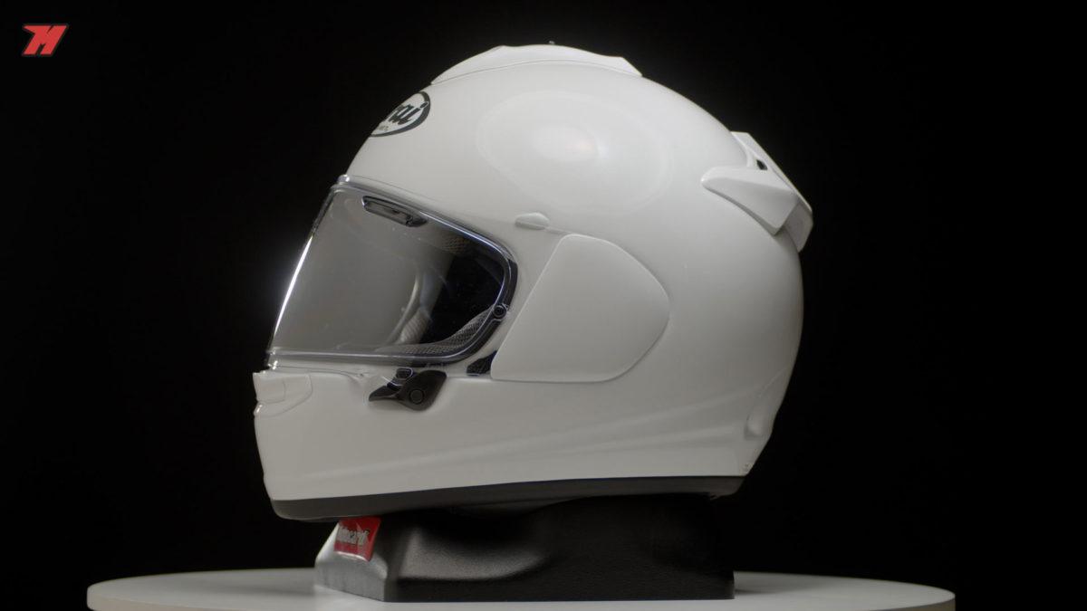 El Arai Chaser-X es uno de los mejores cascos de moto naked