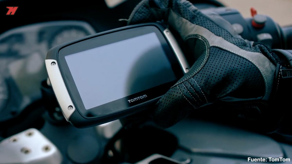 review tomtom rider 550 the best gps for your motorbike. Black Bedroom Furniture Sets. Home Design Ideas
