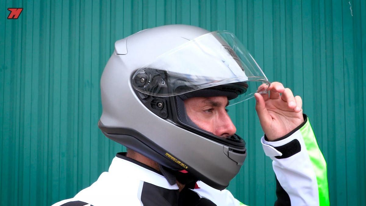 El casco de moto Shoei NXR es un superventas.