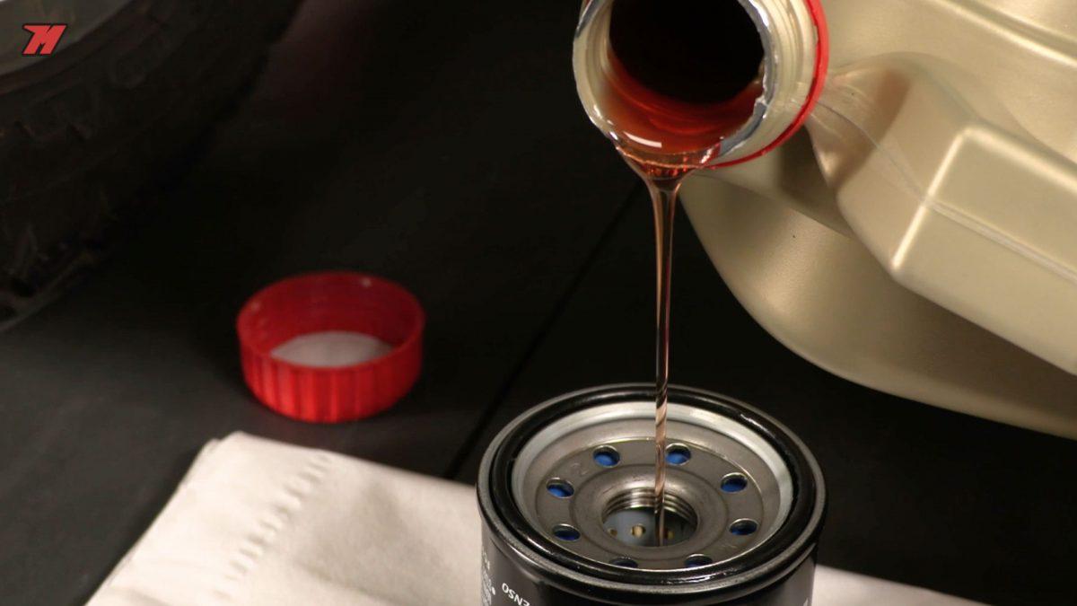 Cambiar el aceite de moto es primordial para su mantenimiento.