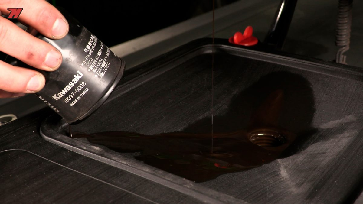 Te explicamos cómo saber cada cuánto hay que cambiar el filtro del aceite