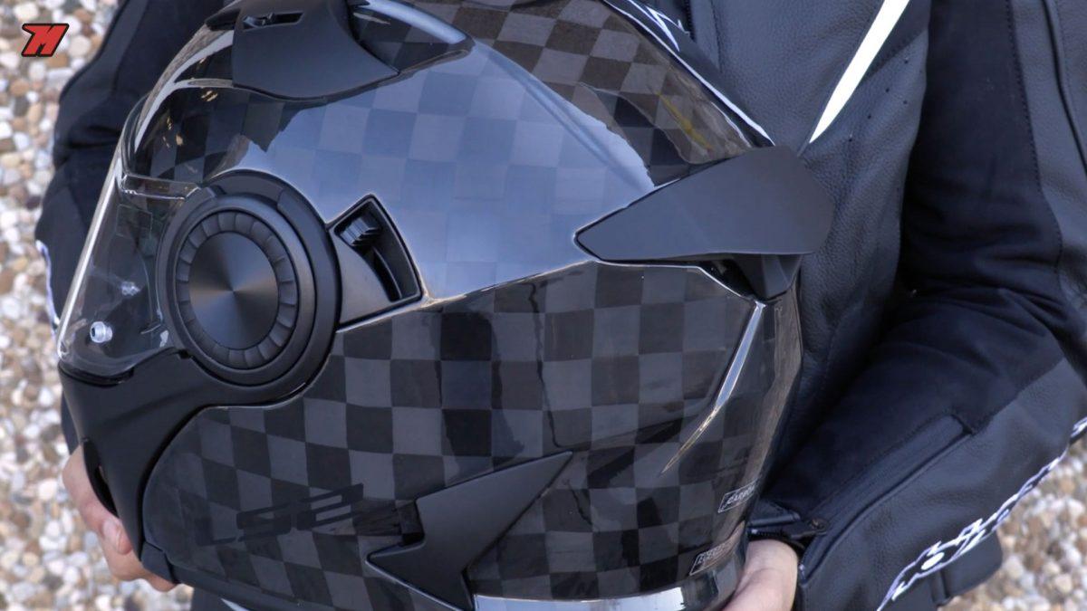 Este es el primer casco de carbono de LS2