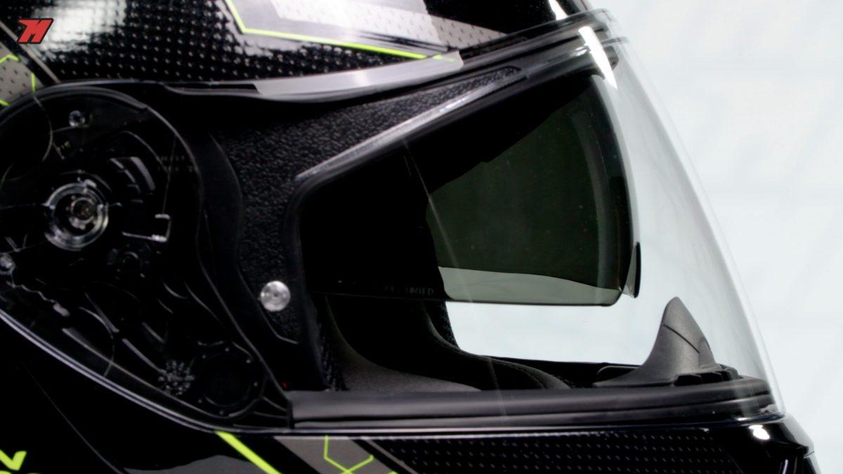 Este es uno de los cascos por menos de 200€