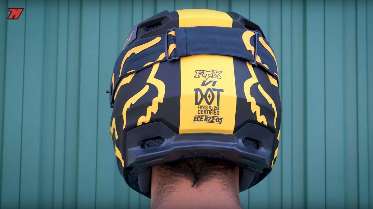 Un casco de moto puede tener varias normativas a la vez