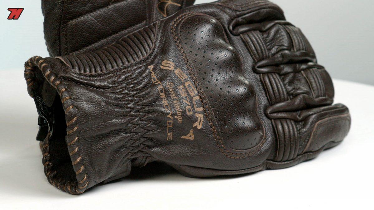 Los guantes de moto Segura Cassidy también son impermeables.