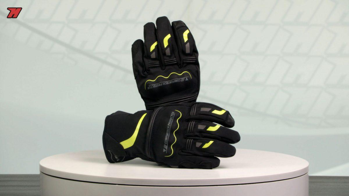 Estos guantes los tienes en varios colores disponibles.