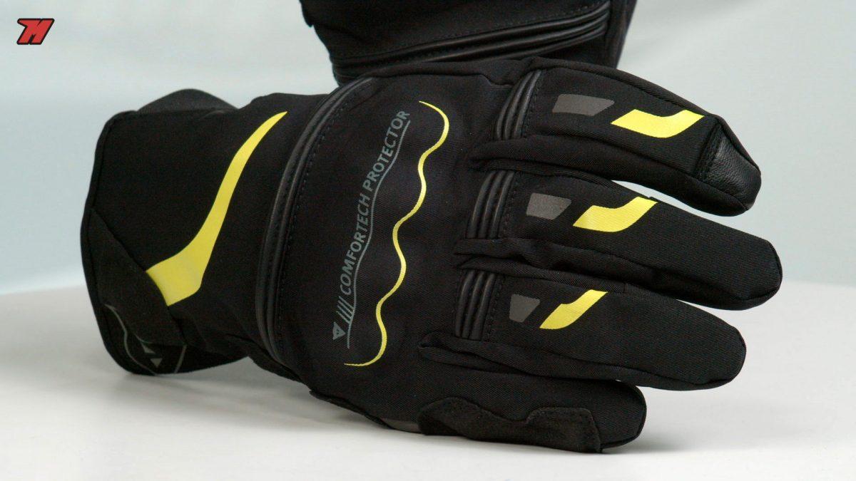 Si buscas unos guantes de moto de lluvia, esto te interesa.