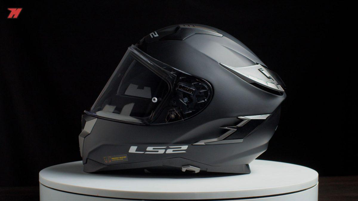 Si buscas un casco LS2 sport-touring, esta es una buena elección.