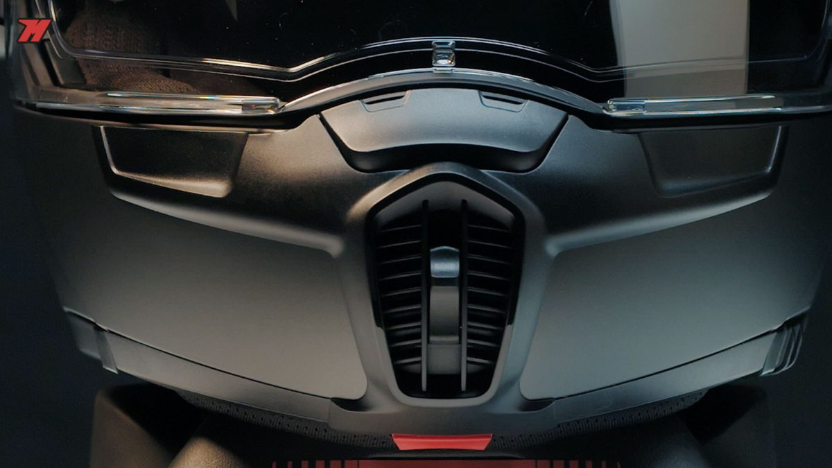 El Schuberth E1 es un casco a tener en cuenta.