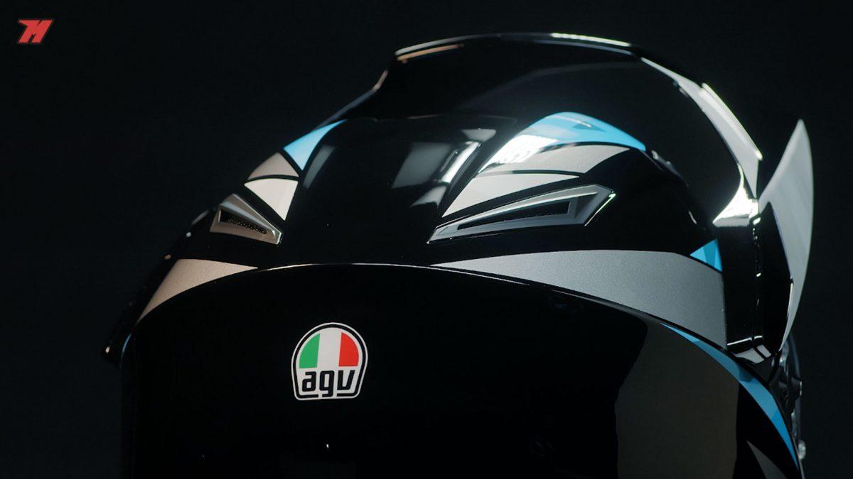 EL AGV AX9 es otro casco de moto adventure a tener en cuenta.