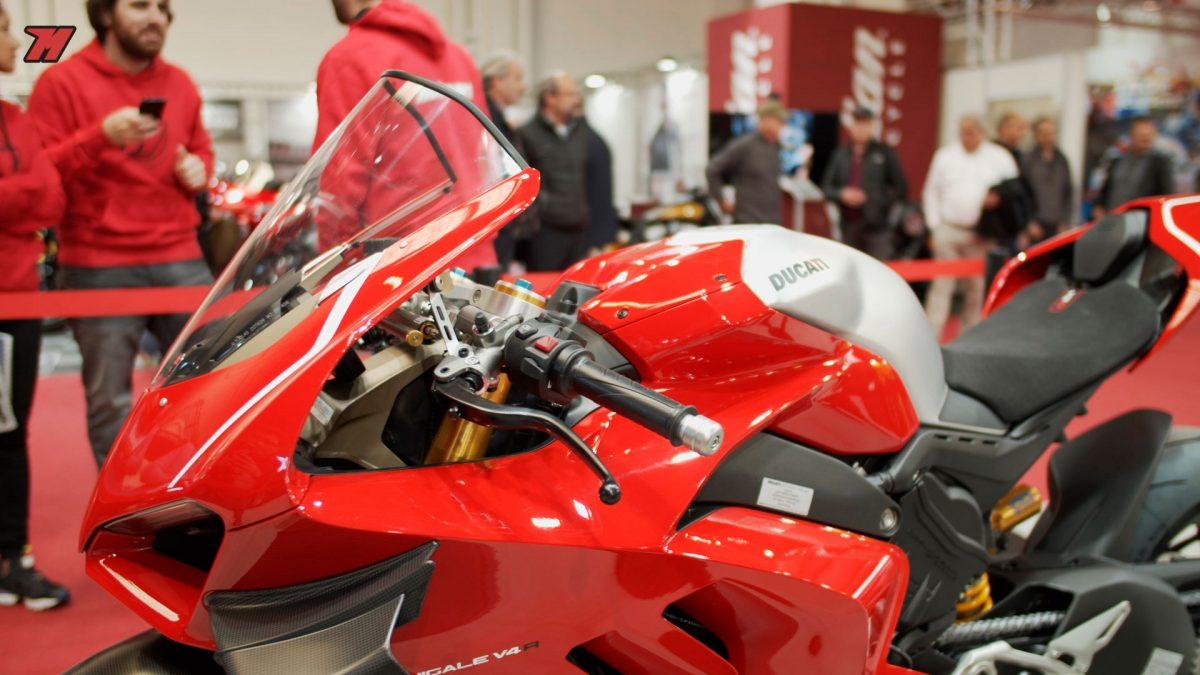 Ducati presentó la Ducati Panigale V4 R en Barcelona.