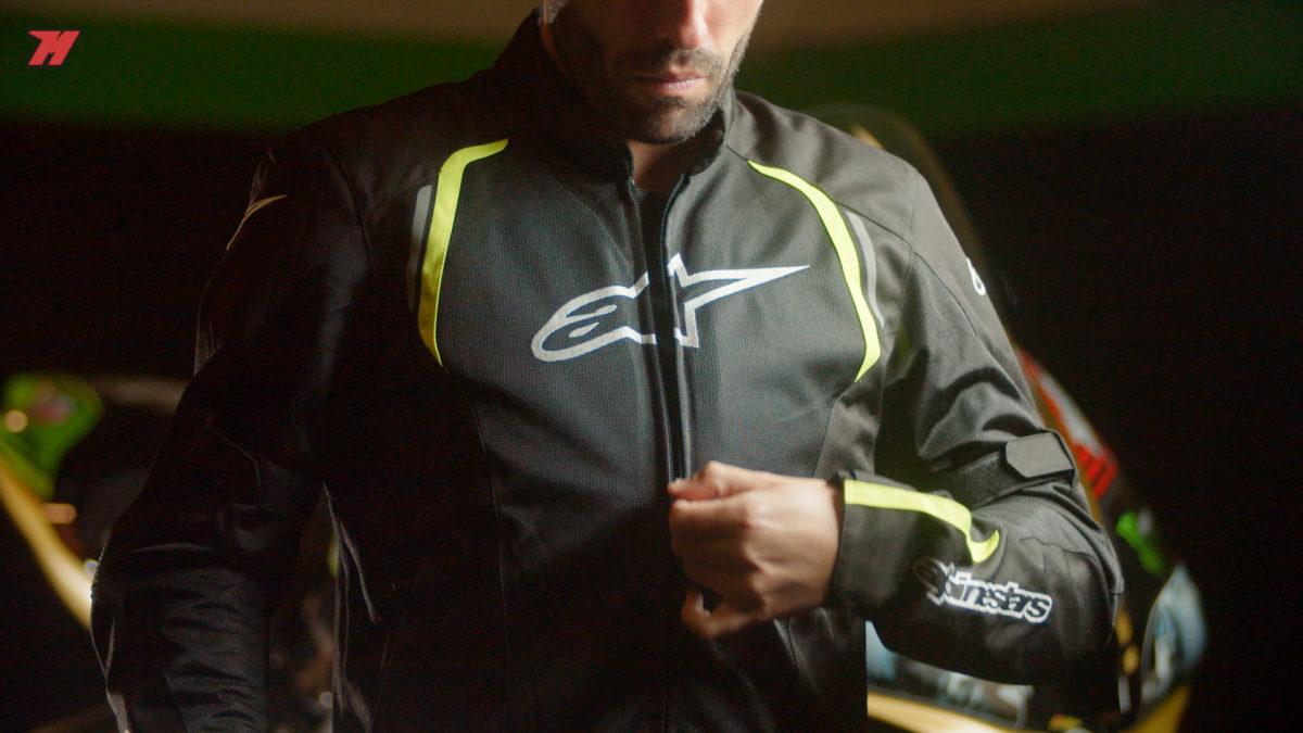 Así es esta chaqueta de Alpinestars. Una gran elección.