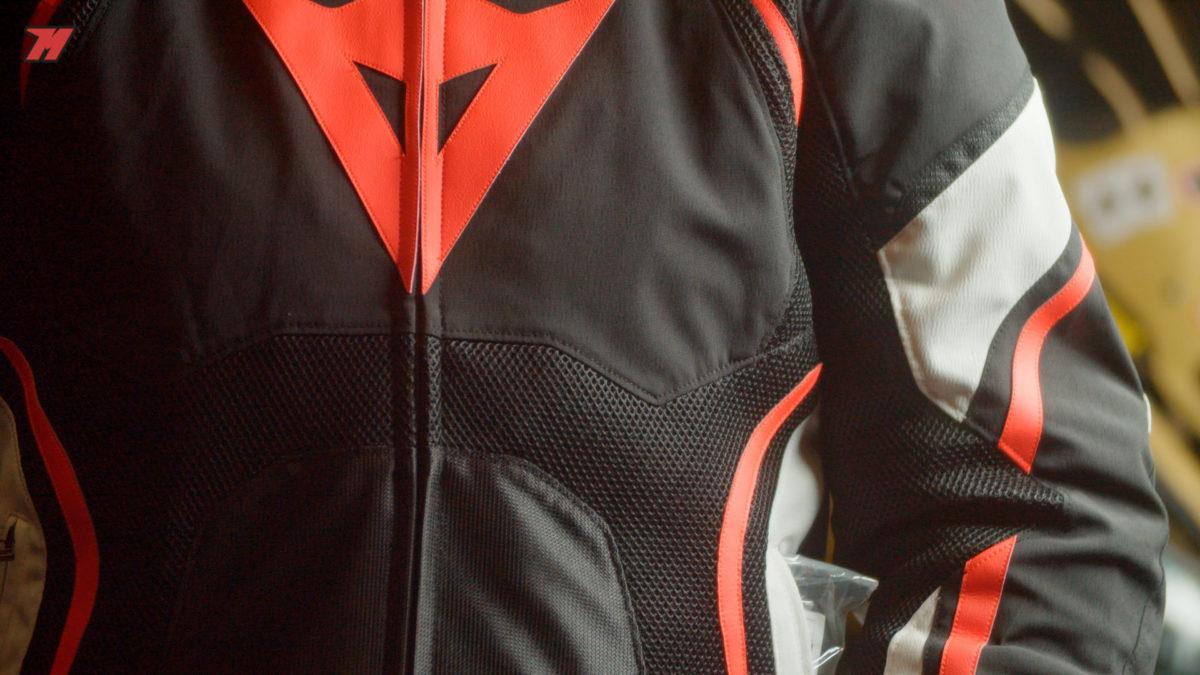 ¿Cómo debe ser una buena chaqueta de verano?