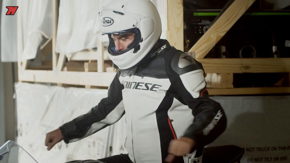 La chaqueta Dainese Racing 3 Estiva es una muy buena chaqueta de piel para verano