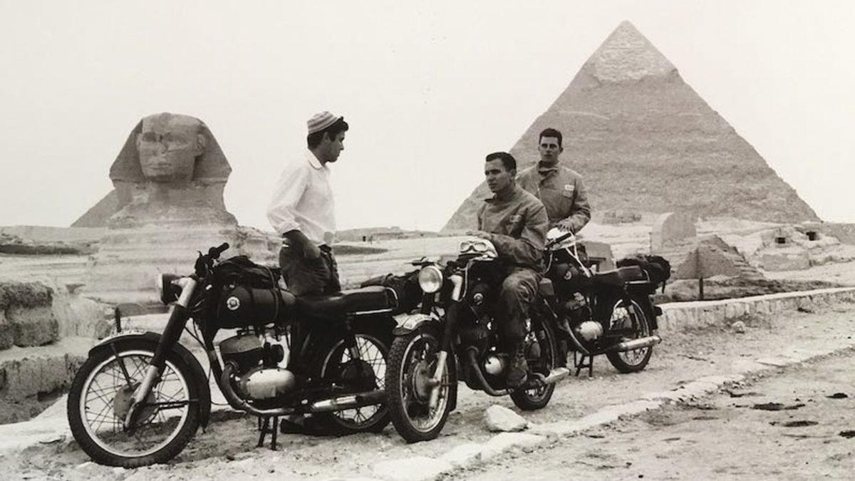 motos-legendarias-montesa-impala-operación