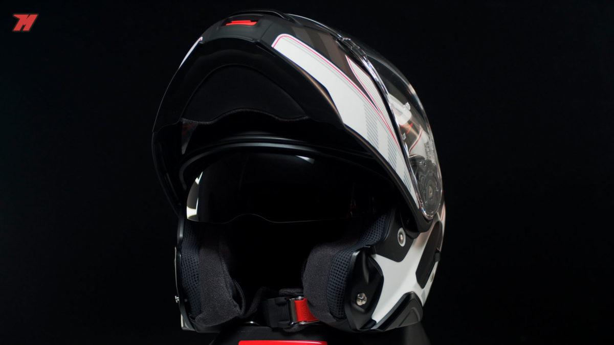 Así luce el casco Shoei Neotec 2