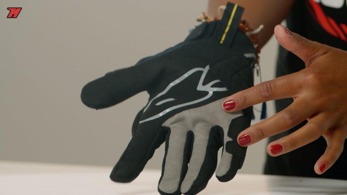 Estos guantes Spidi nos dan un buen agarre.