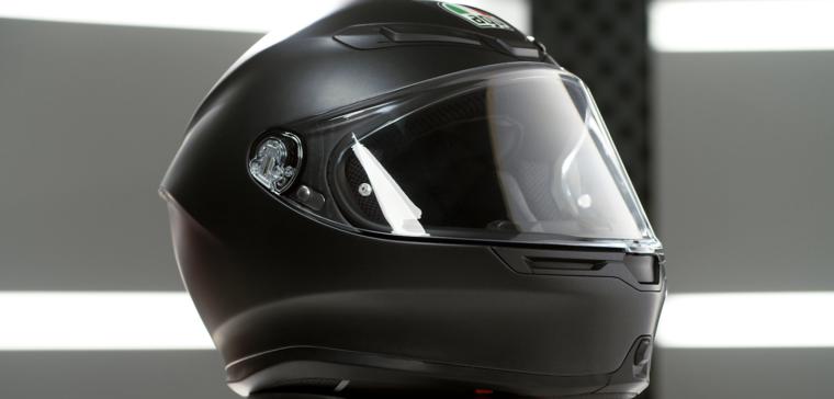 AGV K-6: así luce el nuevo casco de moto de espíritu deportivo