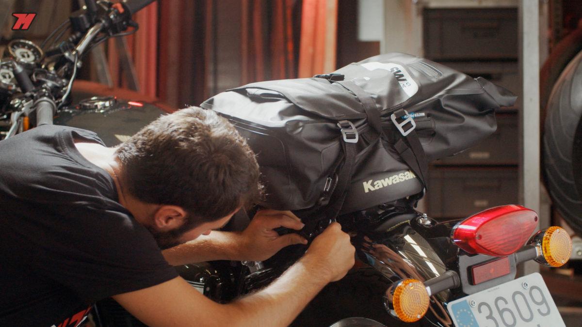 Te explicamos cómo instalar las bolsas impermeables.