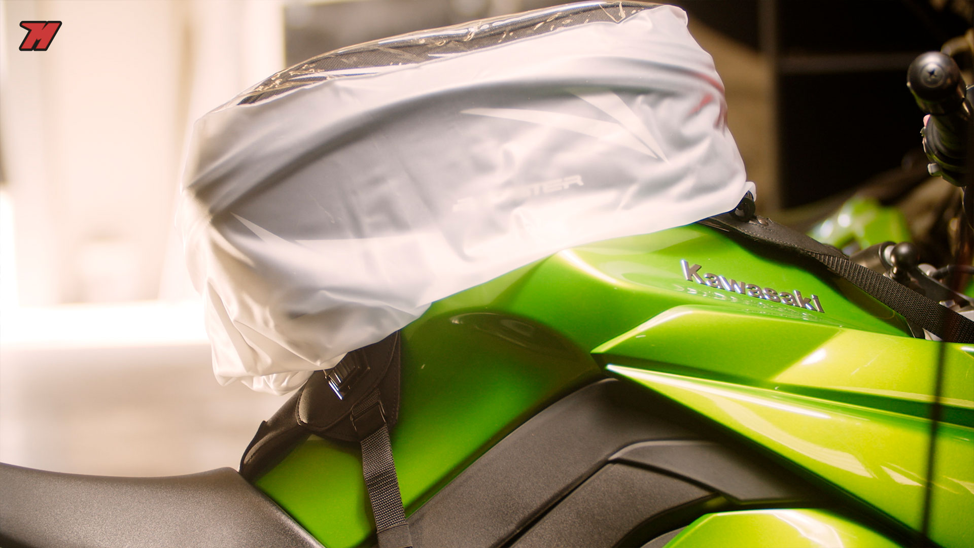 Protector impermeable para tu bolsa sobredepósito de moto.