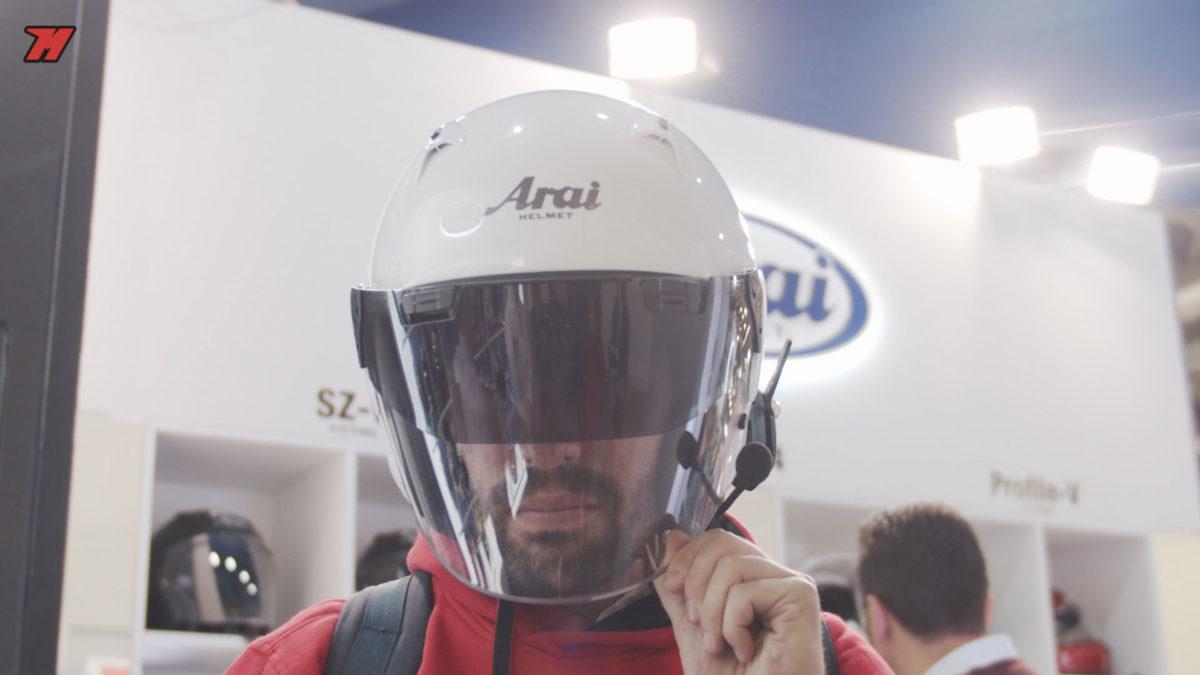 Así es el nuevo casco jet de Arai.