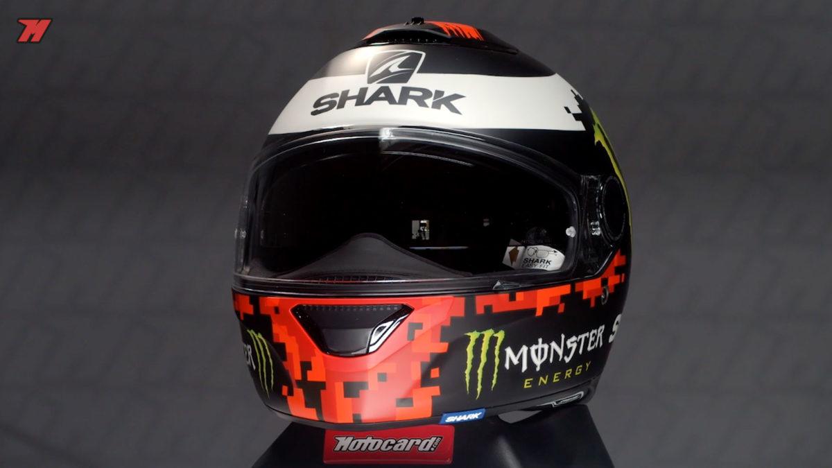 El casco de moto integral Shark Spartan 1.2. es una excelente opción para una moto scooter gracias a su ligereza.