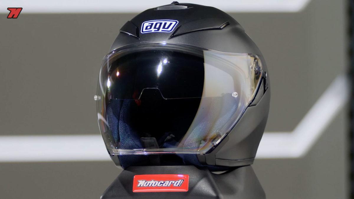 Un casco de moto jet para scooter como el K-5 S es ideal para moverse por la ciudad.