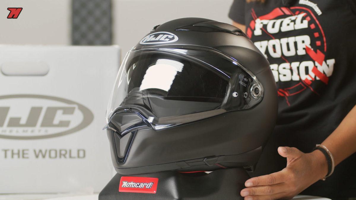 El HJC F70 es un buen casco sport-touring