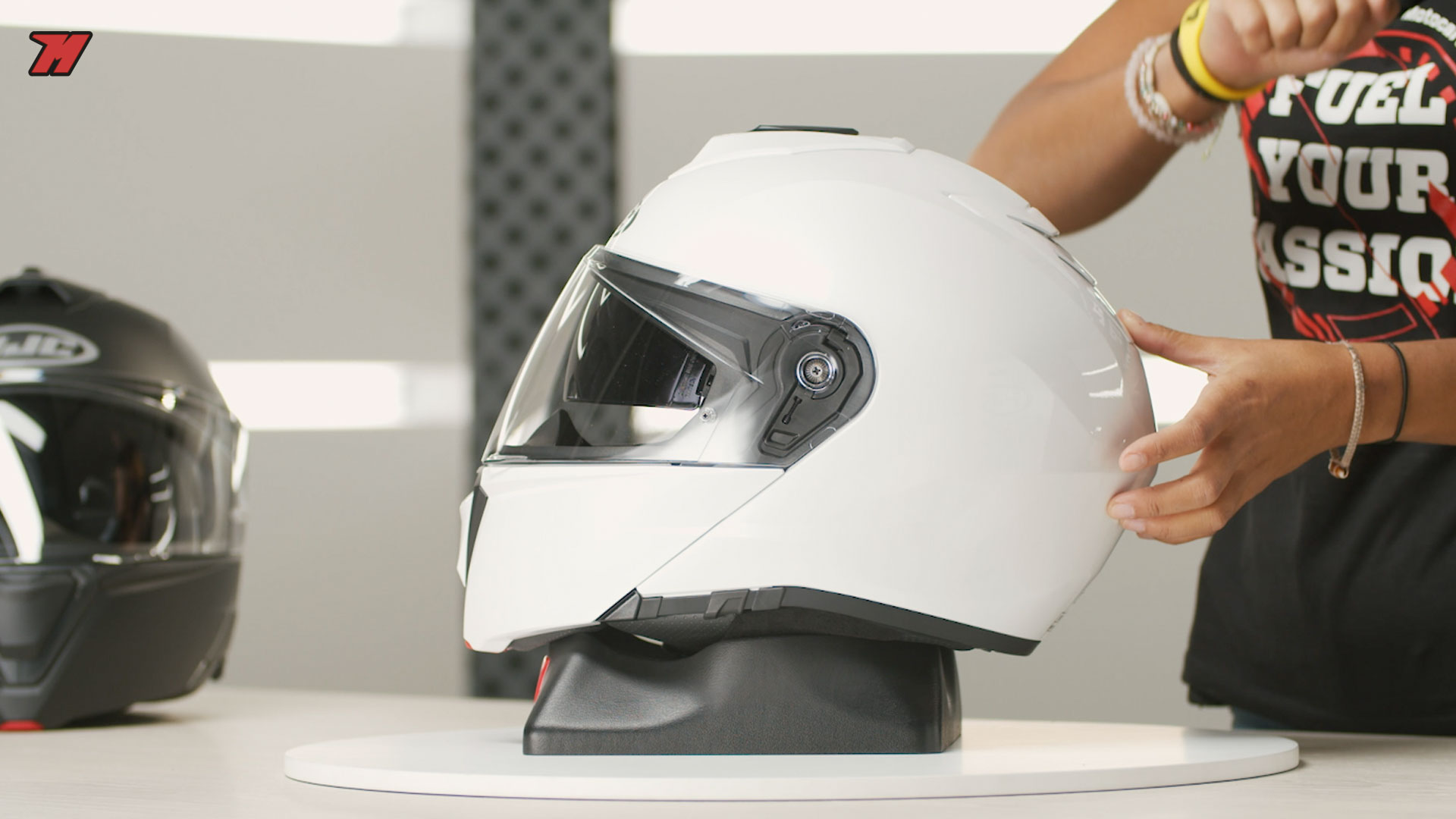 This is one of the best motorcycle helmets you can buy