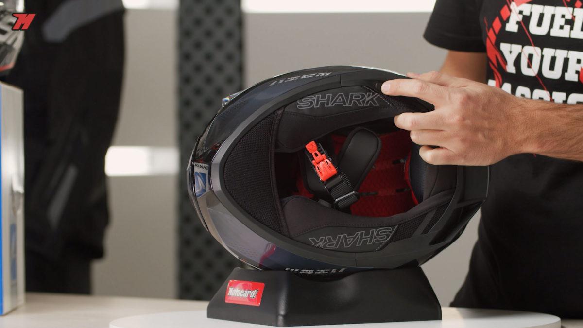 El interior del casco es muy cómodo y transpirable.