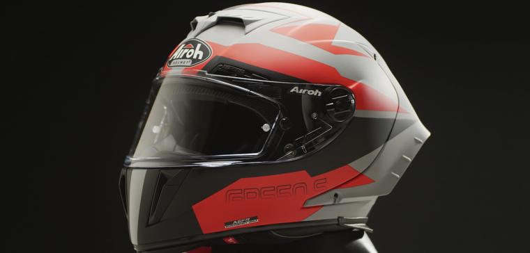 Casco de moto Airoh GP550 S con una excelente relación calidad-precio