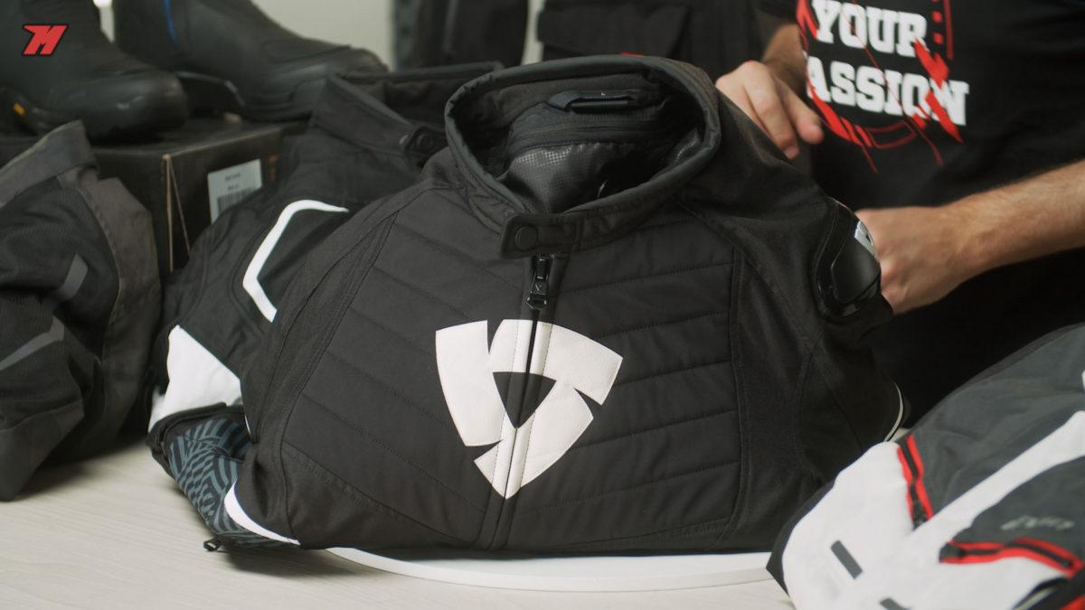 La chaqueta de moto Revit Arc H2O es también muy versátil
