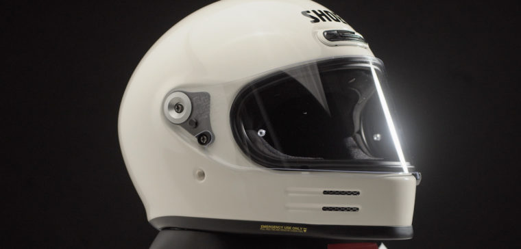 Motorcycle helmet Shoei Glamster, an up-to-date retro helmet