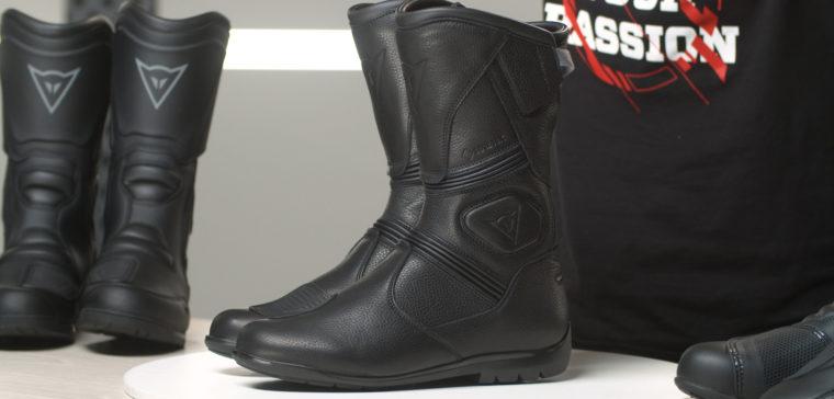 Estas son las mejores botas de moto para viajar