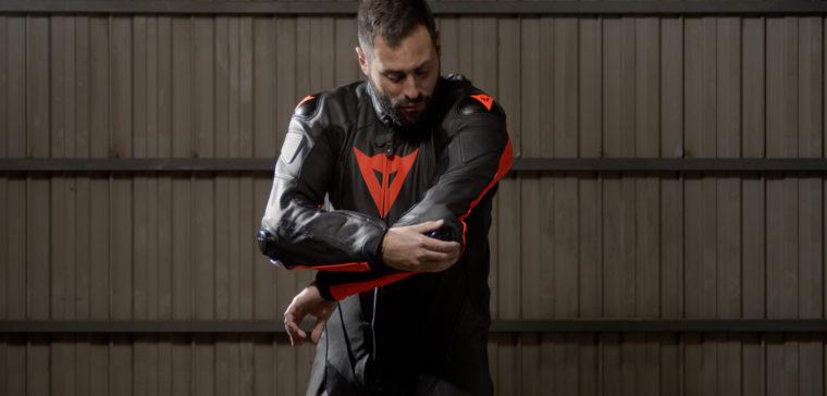 Análisis en vídeo del nuevo mono de moto Dainese Laguna Seca 5.