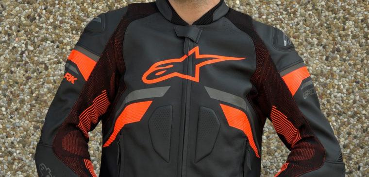 Así es la nueva chaqueta de moto de Alpinestars